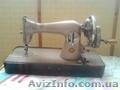 Ручная настольная швейная машинка СССР
